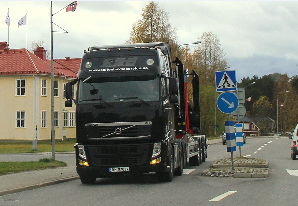 norsk87037saltenhavneservse