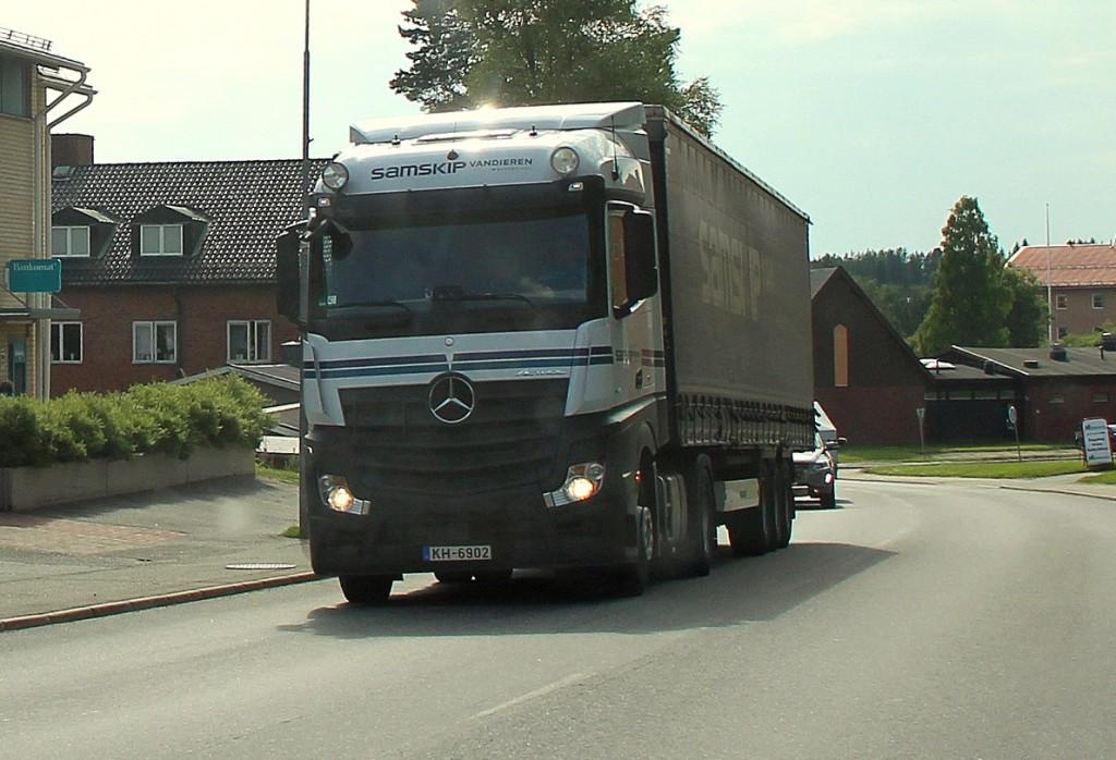 lvkh-6902